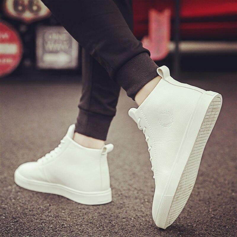 Sapatos de verão masculinos, versão coreana da tendência, novos sapatos esportivos selvagem para estudantes, verão 2020