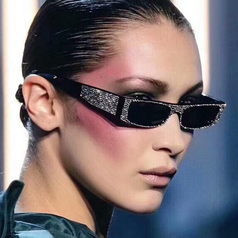 セクシーな 90 s サングラス女性ヴィンテージファッション小長方形フレーム黒レッドキャットアイサングラスレトロスキニーシェード 5151 t