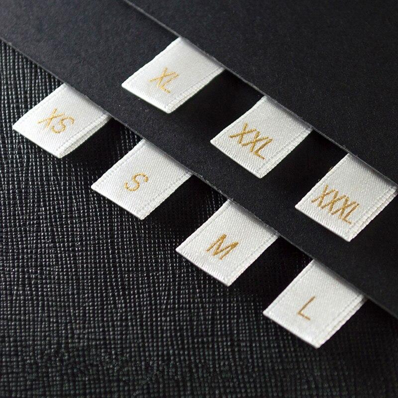 500 шт., большой размер, сатиновые этикетки, Золотые этикетки, размер с разрезом и сложенным (S-XXXL), мягкие атласные бирки для одежды, белые атла...