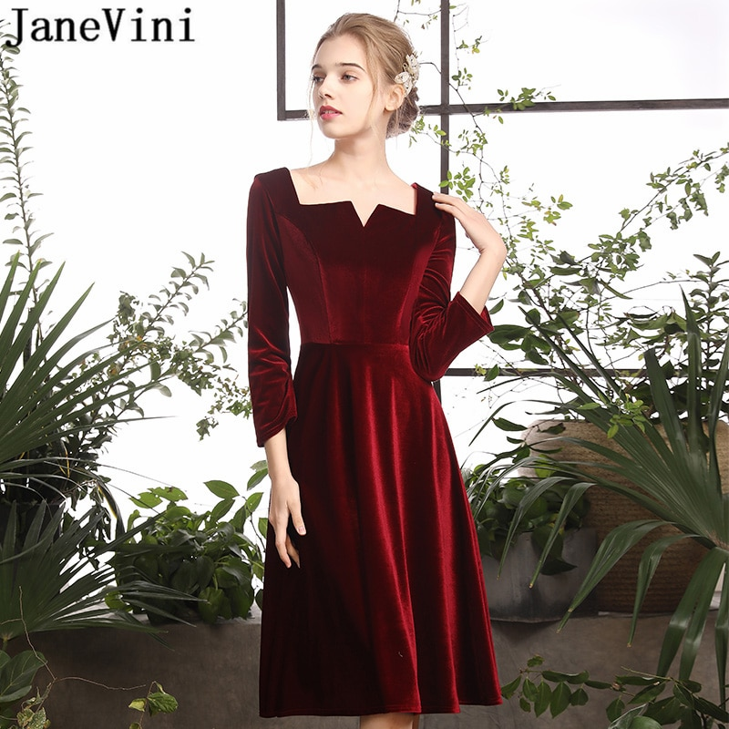JaneVini Simple Borgoña corto vestidos de cóctel de talla grande 3/4 manga larga una línea de terciopelo rodilla vestido sin espalda cóctel Jurk
