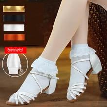 Zapatos de salón de satén de marca blanco nuevo, zapatos de mujer de tacón bajo con fondo suave, zapatos de baile latino, zapatos para Salsa Tango 24-40