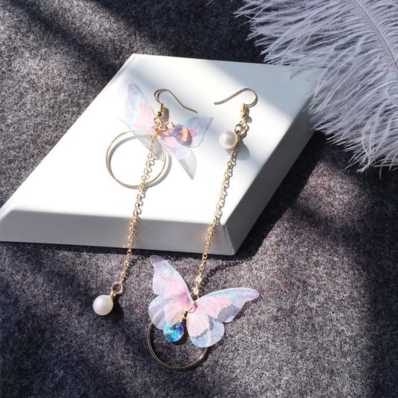 Korea Retro Asymmetrical Exquisite Butterfly Imitation Pearl Alloy Long Wings Earrings for Women's Girl Gift