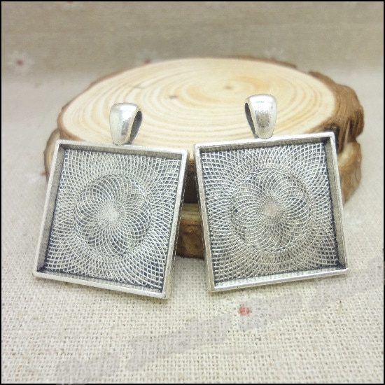 20 pcs Charms Square Frame Pendant  Tibetan silver  Zinc Alloy Fit Bracelet Necklace DIY Metal Jewelry Findings