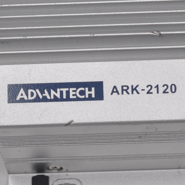 ADVANTECH  ARK-2120L  ARK-2120  ARK-2120L-S6A1E The embedded industrial personal computer is equipped with a 32G hard disk of CF enlarge