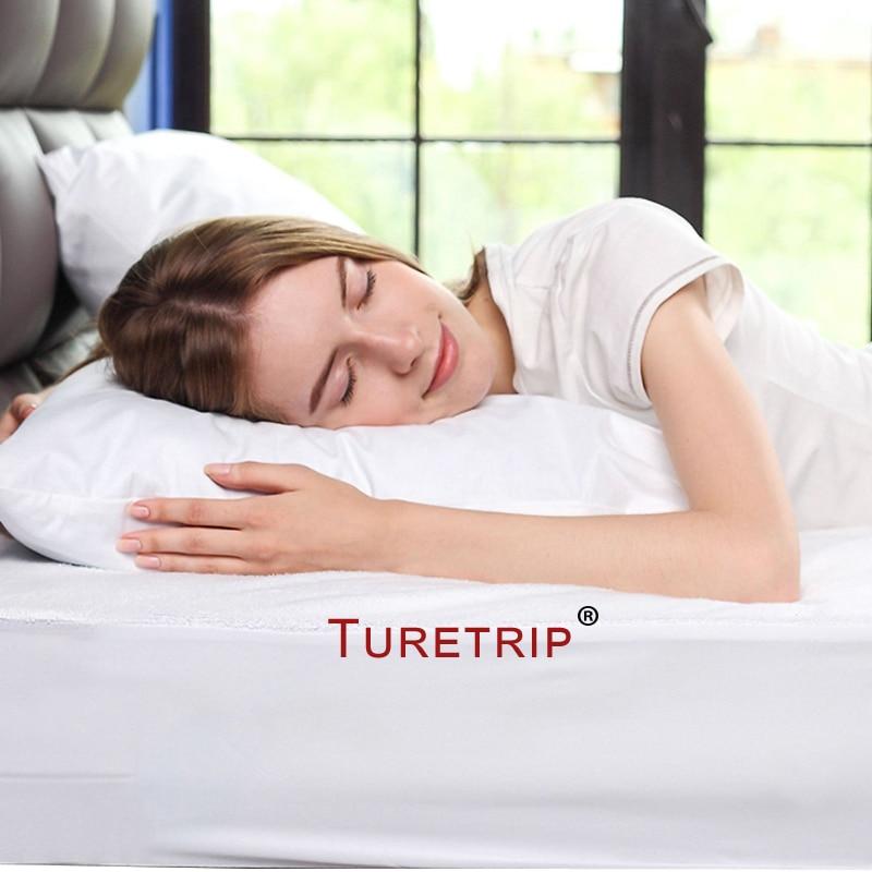 Turetrip 50X70CM One Piece Waterproof Pillow ProtectorAnti Mites Bed Bug Proof Zipper Pillow Cover Allergy Pilow Case