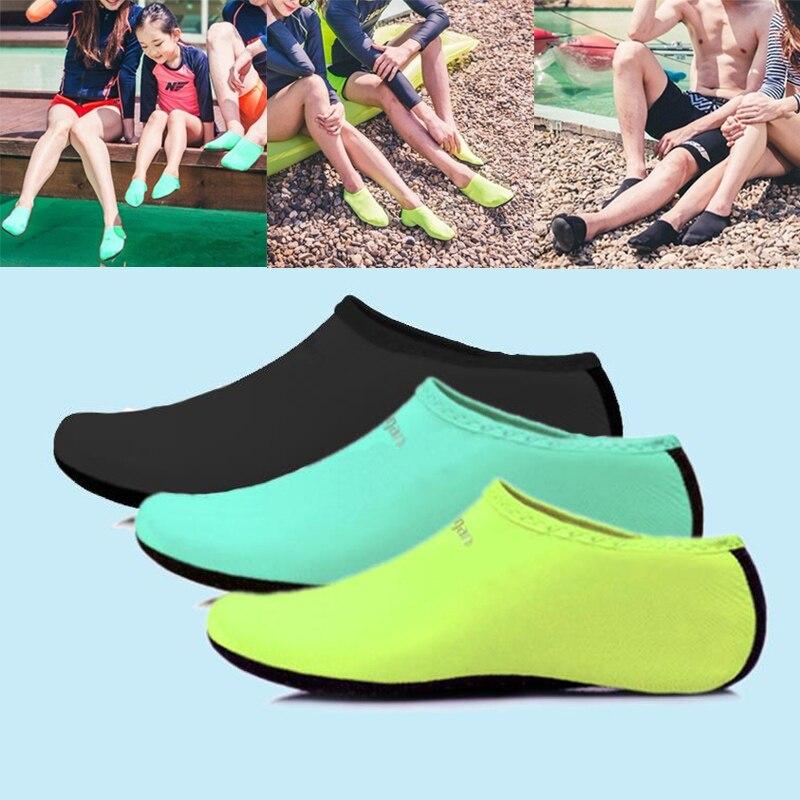 Calzado de deporte acuático de neopreno para hombre y mujer, calcetines de agua de malla de nailon para Yoga, ejercicio, piscina, baile en la playa, zapatillas para nadar y navegar