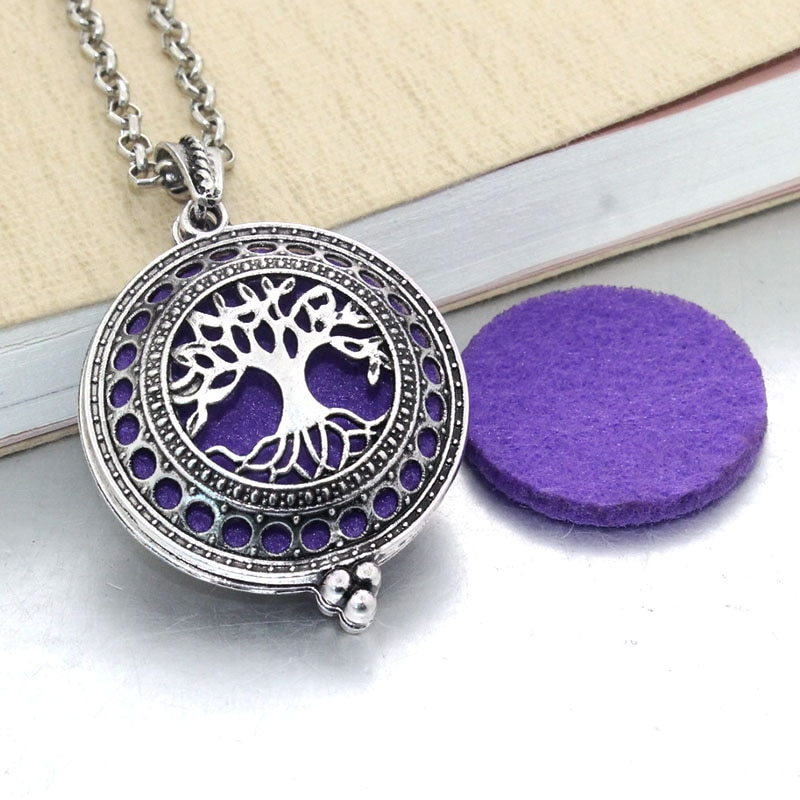 1pcs Aroma Diffuser Necklace Open Antique Vintage Lockets Pendant Perfume Essential Oil Aromatherapy