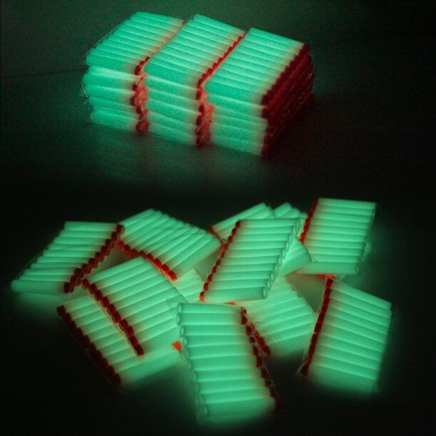 40 stücke Fluoreszenz Spielzeug Pistole Leucht Kugeln für Nerf Serie Blasters Refill Clip Darts EVA Weiche Kugeln glow in die dark