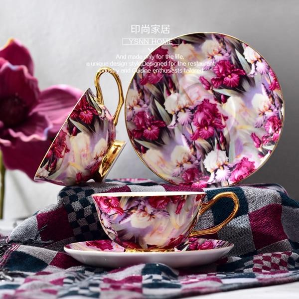 Juego de Taza de Café de Cerámica y platillo estilo europeo taza de té hueso China creativo minimalista encanto púrpura lujo Kit británico