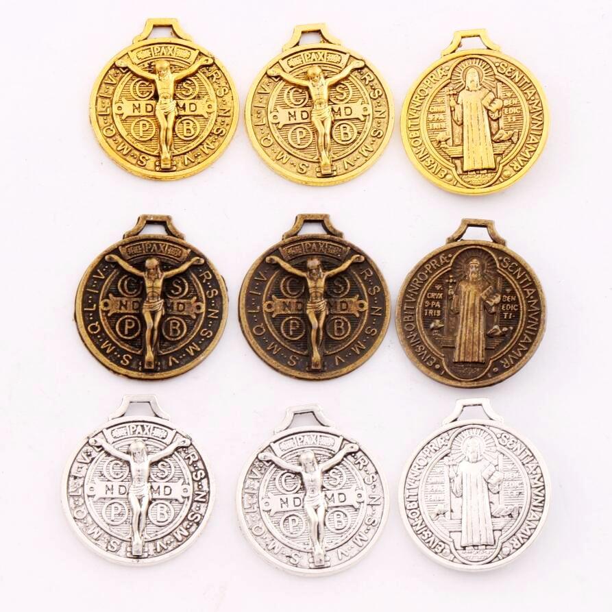 Santo Jesús Benedict Nursia medalla Patron crucifijo Cruz encantos colgantes L1658 7 Uds 24x21mm Aleación de Zinc/bronce