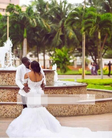 Los más nuevos vestidos de boda de talla grande 2019 capilla tren Organza Ruffeld novia vestido de novia praia