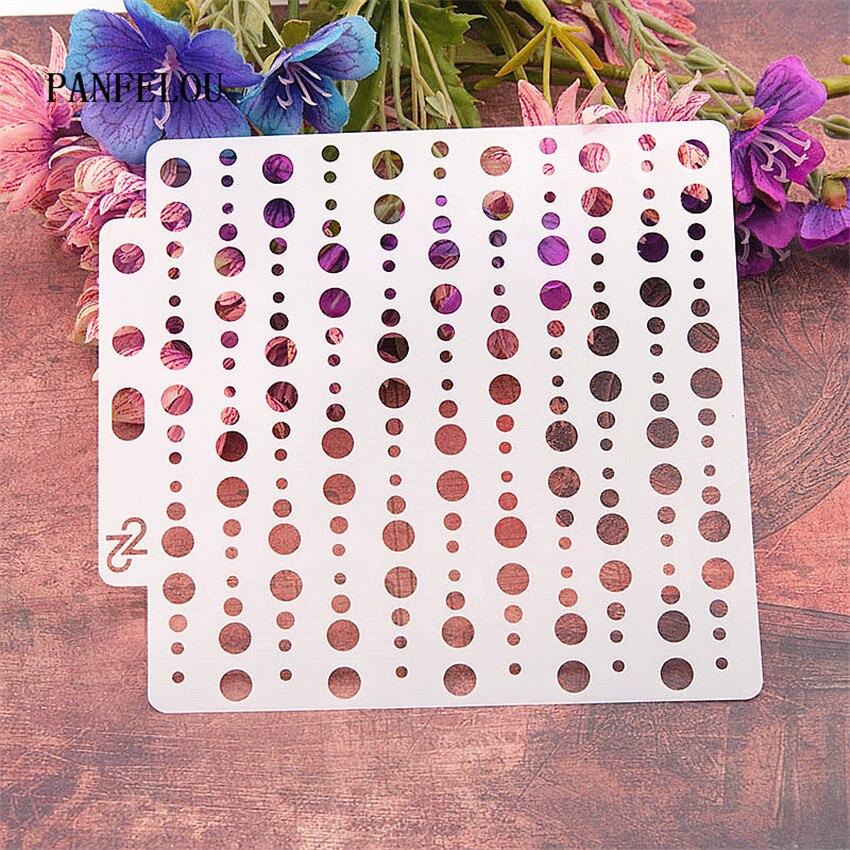 La cadena de cuentas de scrapbook plantillas de molde de plástico escudo DIY pastel hueco adorno de regla de lazo de San Valentín