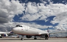 Airbus A-321 Ilyushin Il-96 Tupolev Tu-214 Aeroflot passenger plane sky clouds Home Decoration Canvas Poster