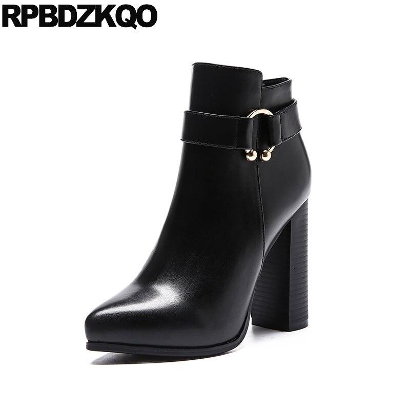 Chaussures à fermeture éclair en métal à la mode courte bottines ornées bout pointu Sexy noir Chunky cheville dames à talons hauts femmes bottes hiver