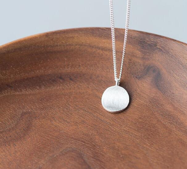 Minimalismo real. 925 prata esterlina jóias sorte geométrica redonda pingente colar feminino novo gtlx1145