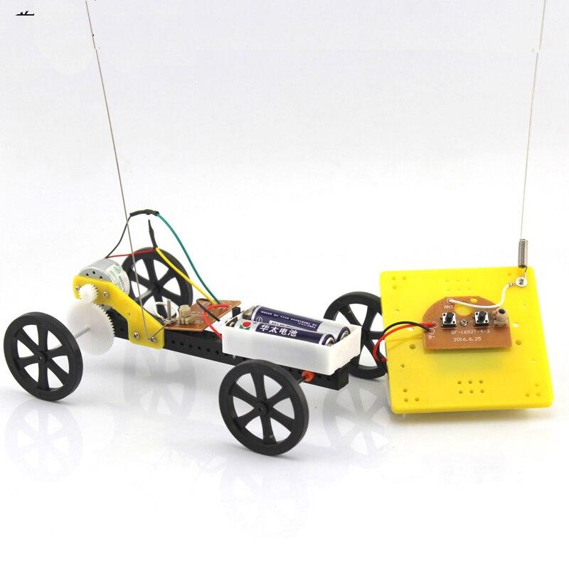 DIY 2 canales 2CH Control remoto coche plástico chasis desmontar juguete Robot coche tecnología 4WD pequeño coche modelo niños regalo