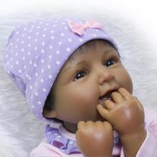 "22 ""55 cm Levensechte Reborn Zwart Meisje Poppen Siliconen Vinyl Handgemaakte Trui Baby Cadeau"