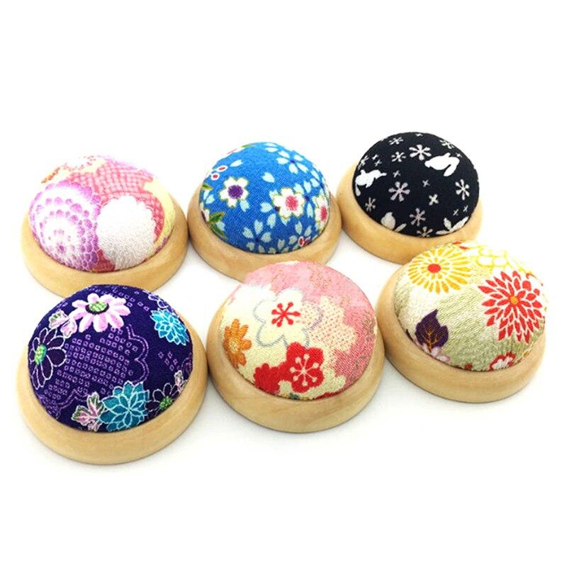 1 pieza Base de madera aguja Pin cojín titular costura artesanía costura manualidades DIY artesanía Color al azar
