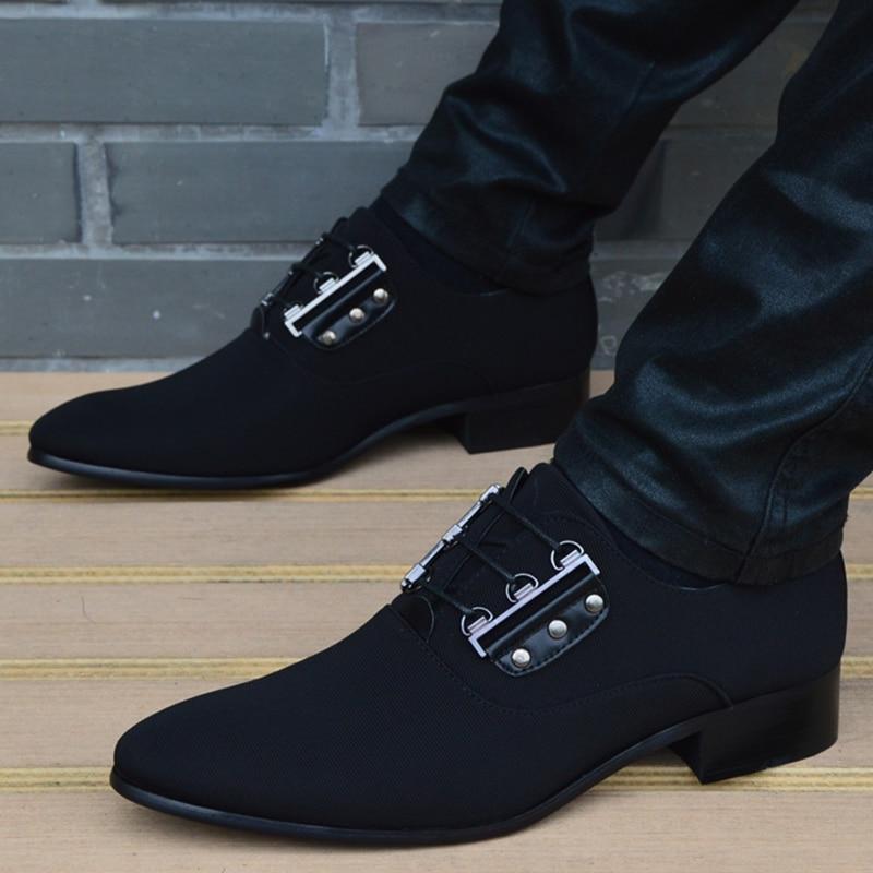 2018 الرجال الشقق موضة جديدة نمط القماش أحذية الرجال ، الدانتيل متابعة الأعمال حذاء رجالي ، الرجال فستان أحذية ، أحذية أوكسفورد