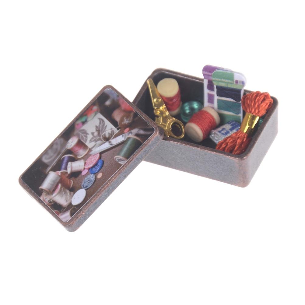 1 Uds. 112 caja de Kit de aguja de costura con aguja Vintage para decoración en miniatura de casa de muñecas para niñas accesorios de muñecas regalos de juguetes para niños HomeTool