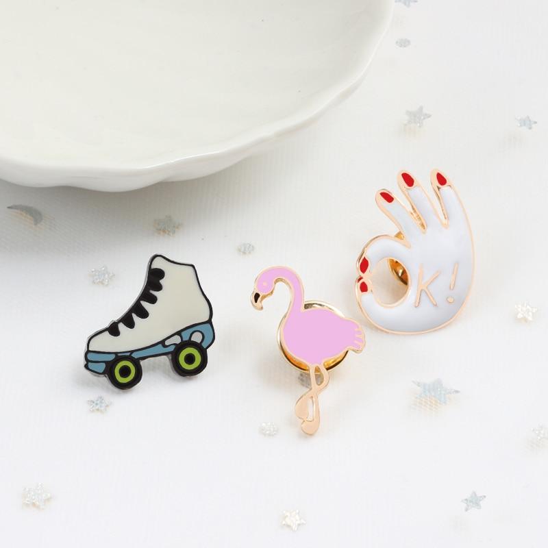 Conjunto de 3 uds de moda de icono de dibujos animados Skateshoes OK mano flamenco broches Pins Ropa esmaltada solapa Pin Botón de bolso insignia joyería de mujer