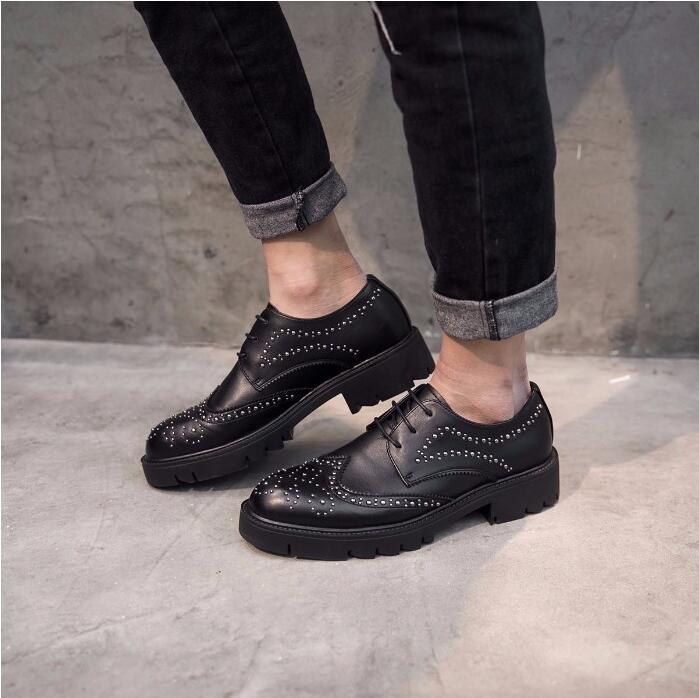 Lace-Up Men's Oxfords Smart Casual Shoes Platform Carved Borgue Shoes Male Rivets Height Increasing Office Suit Men's Dress Shoe
