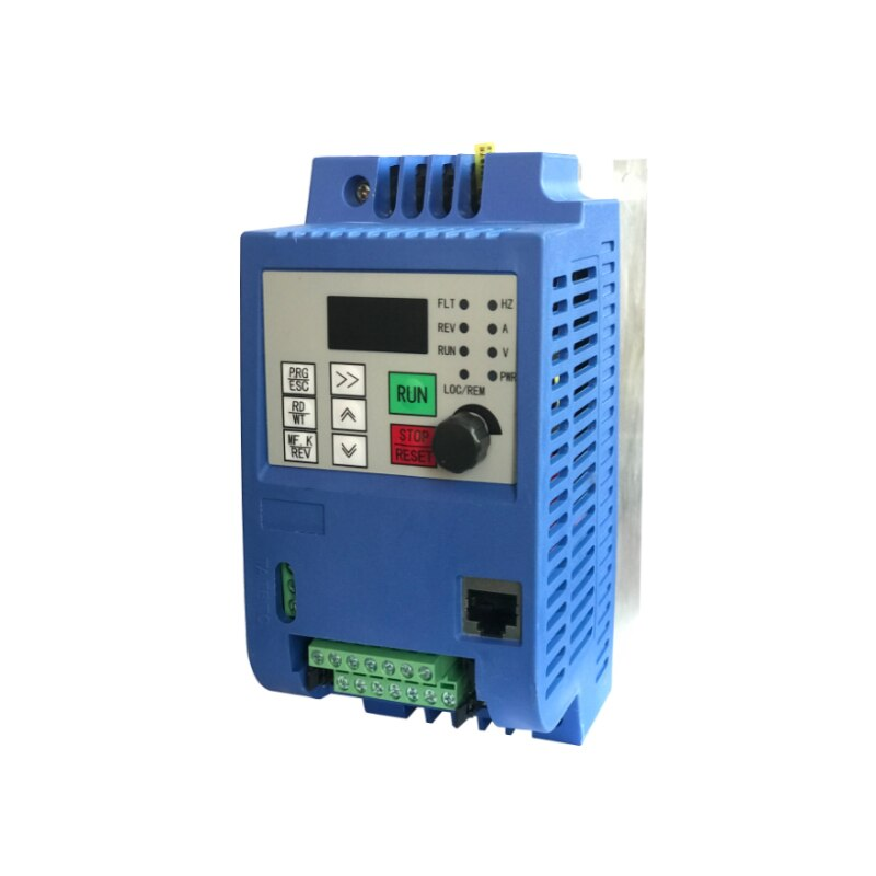 1.5KW / 2.2KW 220V مرحلة واحدة العاكس المدخلات VFD 3 مرحلة الانتاج تردد تحويل قابل للتعديل سرعة 1500W 220V العاكس