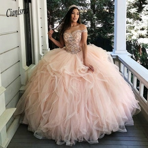 Charming Ruffles Tiered Quinceanera Dresses Off the Shoulder Appliques Bead Sweet 16 Dress Corset Back Tulle Prom Gowns