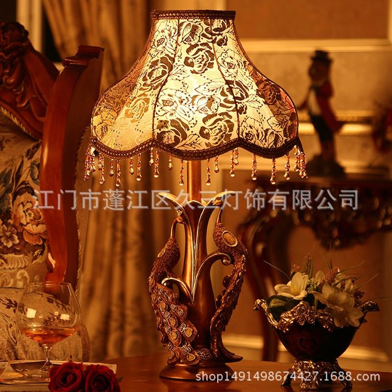 TUDA European Creative Double Peacock Statues Resin Table Lamp for Living Room Table Lamp for Bedroom Bedside 220v for E27 Bulbs
