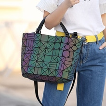 Marques célèbres femmes seau sac géométrique paillettes miroir Laser plaine pliage sacs lumineux sacs à main décontracté fourre-tout paquet
