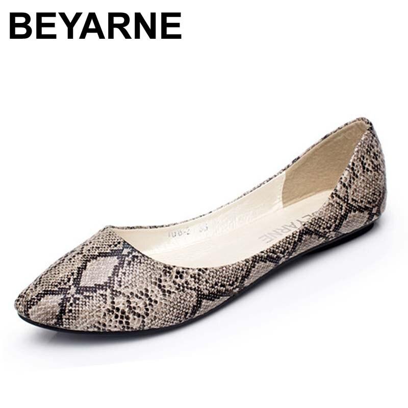 BEYARNE plus size35 -41 nuevas mujeres pisos moda piel de serpiente patrón plano zapatos mujer casual zapatos mujeres barco zapatos