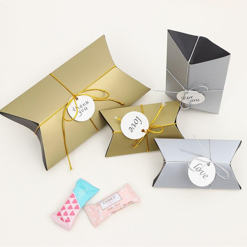 Paquete de 50 unidades por lote, nueva caja de almohada pura, Lazo de cinta, regalo, bolsa de cartón, bolsa de papel Kraft, Cajas de Regalo, suministros para fiesta de boda, personalizable