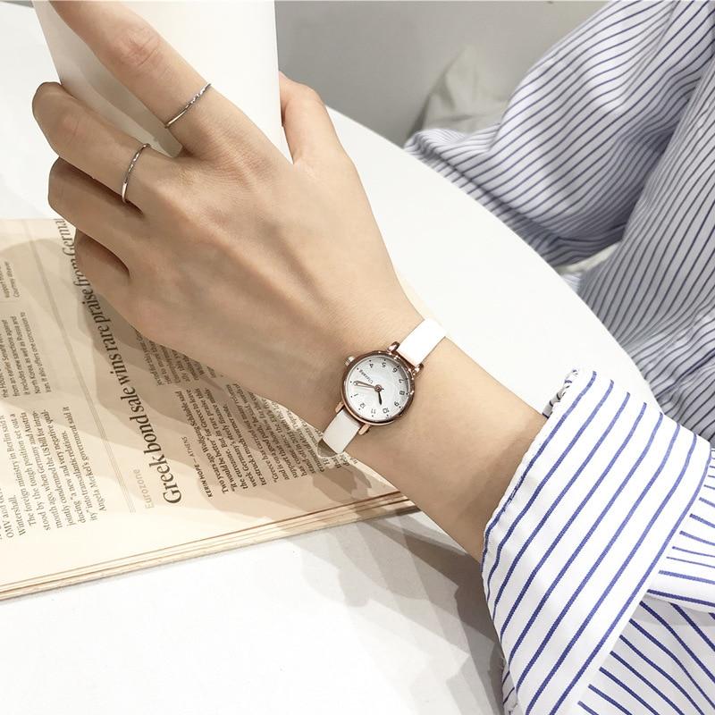Дизайнерские маленькие белые женские часы ulzzang, роскошные модные брендовые Кварцевые женские Ретро часы, винтажные кожаные женские наручные часы