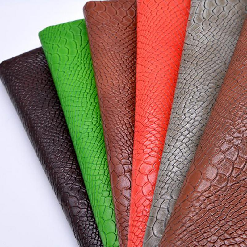 Tela de cuero ecológico con estampado de piel de serpiente falsa, 1...