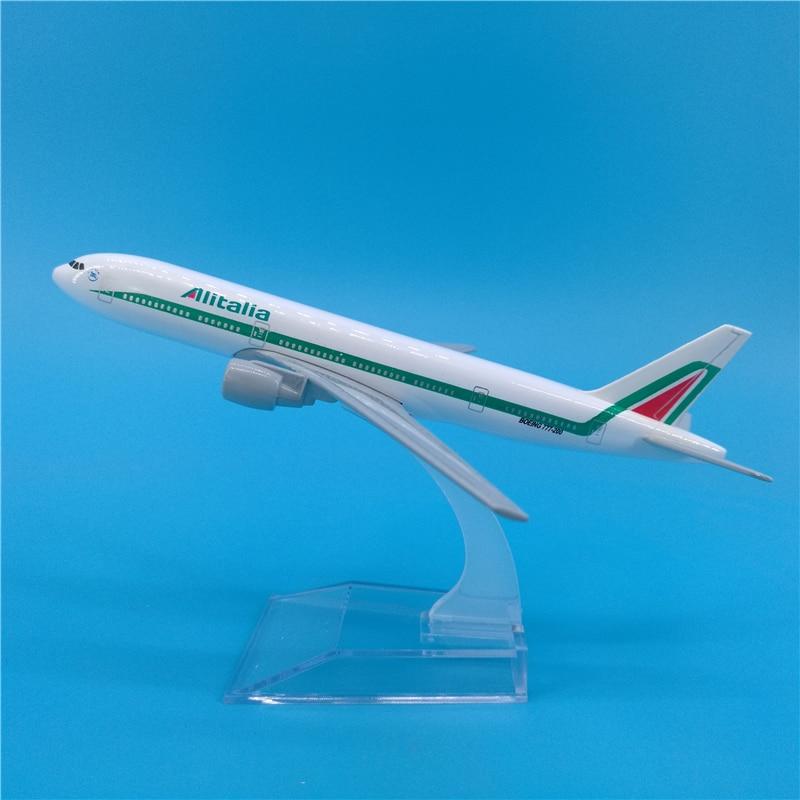 Avión italiano de 16cm Boeing 777 Metal Italy B777 Diecast modelo de aviación Airway modelo de avión escala juguetes 1400