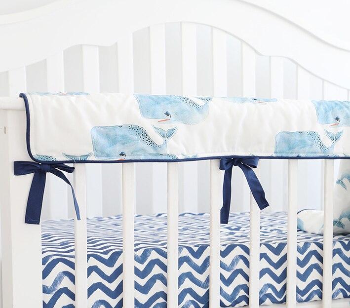 غطاء واقي لسرير الأطفال ، واقي سرير الأطفال ، وقضبان المهد ، وحقيبة التسنين (الحوت)