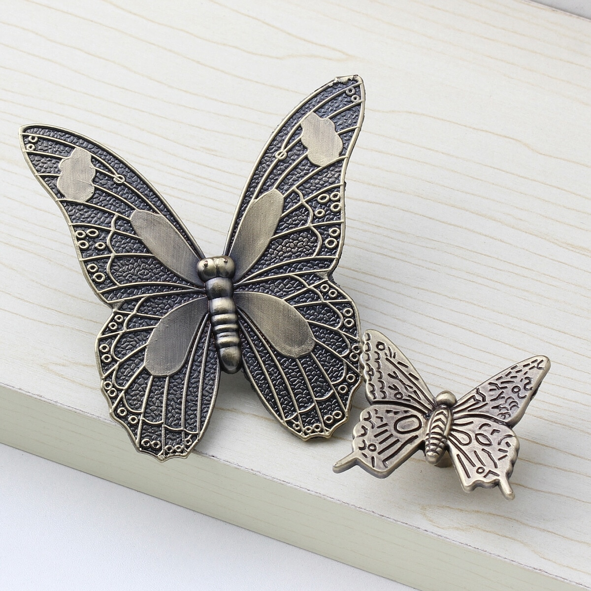 Manija clásica del cajón manija de la Puerta de los muebles de la mariposa del bronce manija del cajón del Gabinete Zapatero tirador lindo de la decoración del dormitorio de los niños