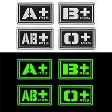 Glowing 3D PVC A + B + AB + O + Positive A-B-AB-O- negative Blut Typ Gruppe Patch Aufkleber Nähen Decals Militärische Abzeichen Gummi