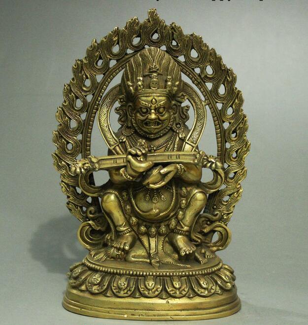 Estatua budista tibetana de latón Mahakala King Kong Guardian Buddha de la antigua China.