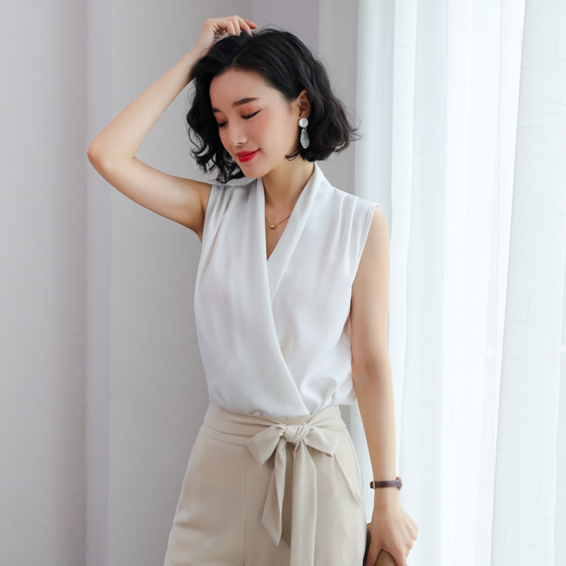 Korean elegantes women blouses 2019 Summer Irregular silk Shirt Vintage sleeveless Ladise Boho Top Plus Size Female Clothes