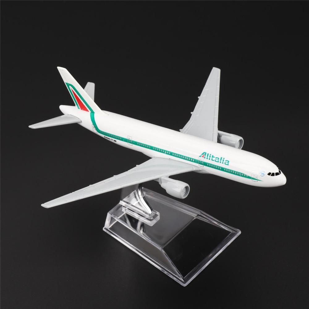 TAIHONGYU Itália B777 Alitalia Avião Modelo de Avião de Ar w/Stand Coleções Diecast Brinquedos Para Crianças Presente