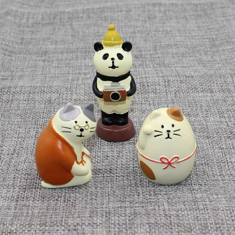 Decole Cat Granny Fat Cat Panda Miniature figurines Japan Zakka Animal statue Home Decoration Garden Resin craft toy Ornaments