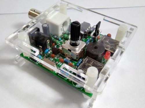 Assemblé S PIXIE CW QRP super court ondes radio émetteur-récepteur radio 7.023 khz + boîtier