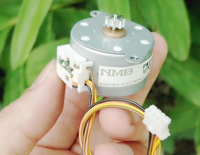 35mm Japão NMB PM motor de passo, 2-fase 4-motor de passo de arame, PM35L-048-XRK8 stepper motor
