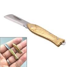 Amy petit porte-clés en forme de poisson porte-clés de poche tactique pliant dossier couteau en laiton beaux cadeaux
