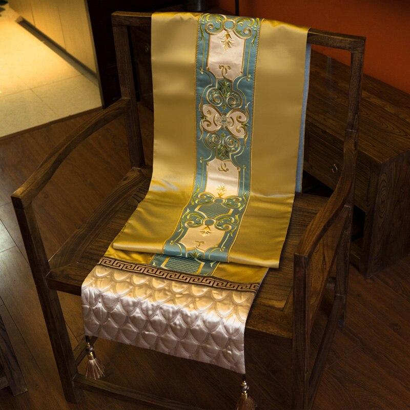 مفرش طاولة فاخر باللون الذهبي والأوروبي والأزرق ، مفرش طاولة مطرز تقليدي ، ديكور للفيلا والفنادق والمنزل