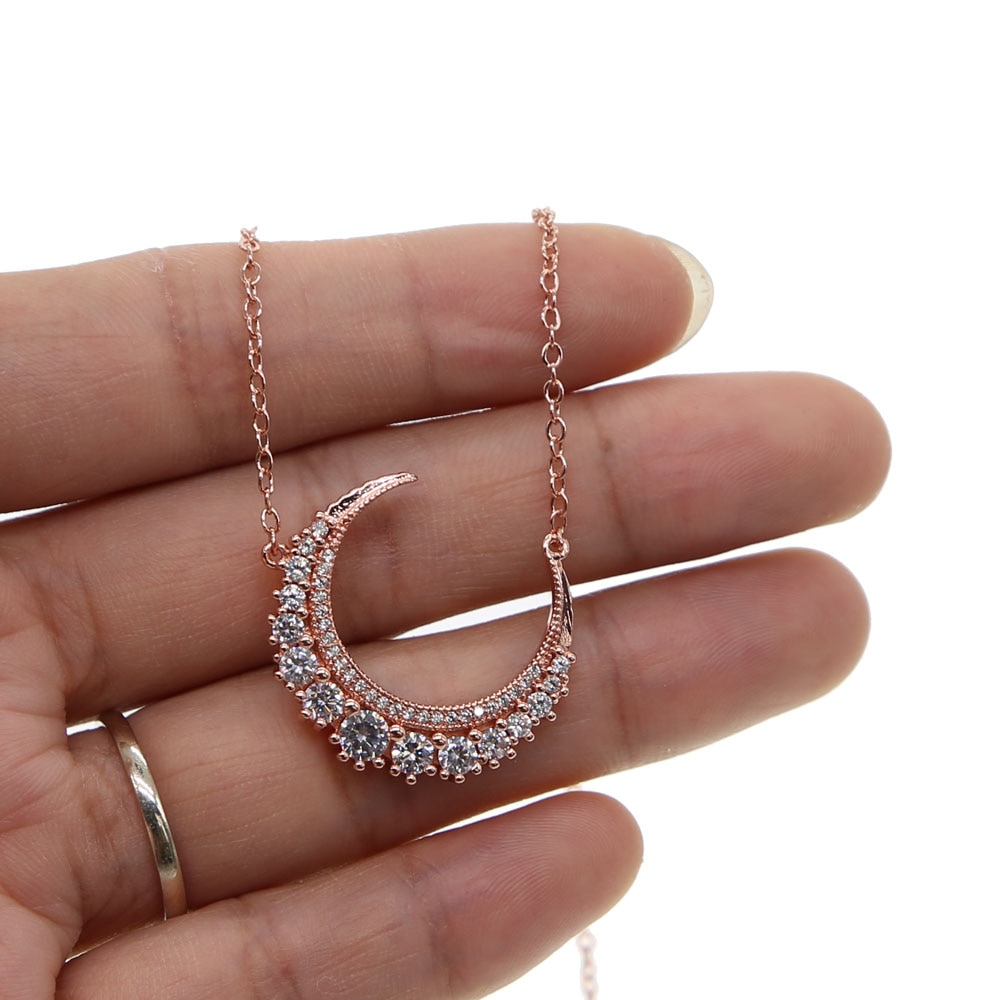 AAA brillante zirconia cúbica blanca cz encanto Luna colgante color oro rosa moda a la moda venta al por mayor Collar para mujeres
