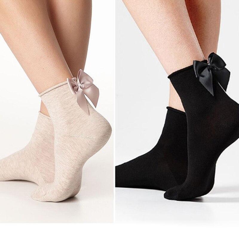 New Lovely Fashion Criativo Mulheres Bling Bow Ankle Socks Sliver Gold Glitter Meias de Nylon Meias de Seda Feminino Retro Bonito Meias Borboleta
