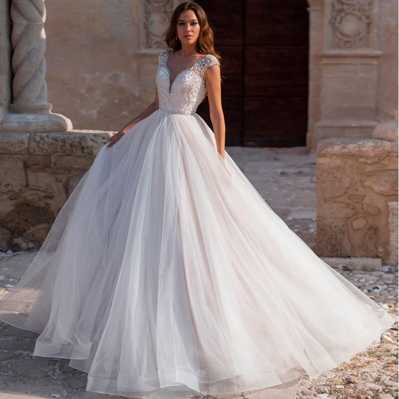 Bead And Pleat Elegant Court Train Bridal Ball Gown Vestidos De Novia 2019 New Arrival V-Neck Sleeveless Wedding Dress