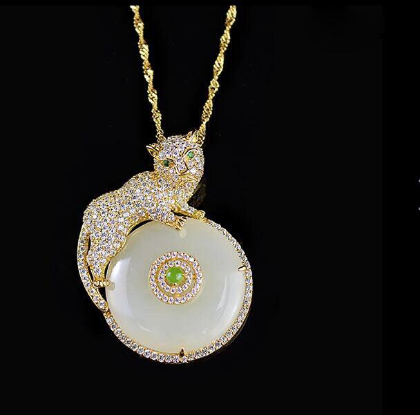 925 Plata de Leopardo de Oro blanco Natural HeTian Jade incrustación hebilla redonda diseño colgante de la suerte + collar gratis joyería de regalo para mujer
